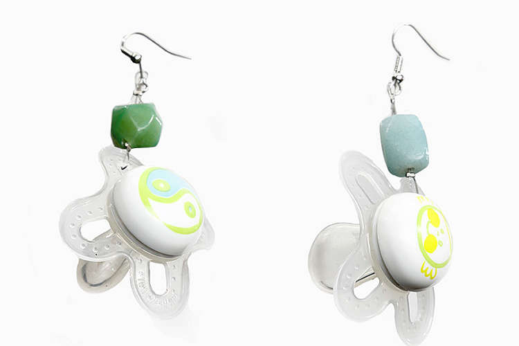 Upcycling idea Earrings made from soother clips